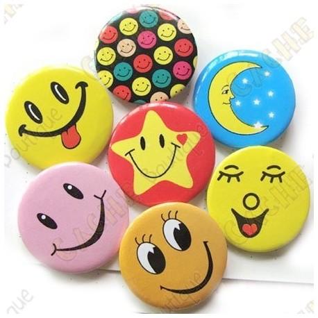 """""""Smile & co"""" button X 10"""