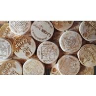 Géocoins en bois personnalisés x 50